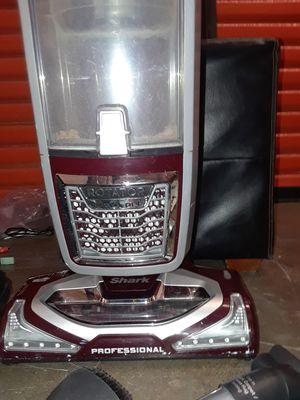 Shark rotator professional vacuum for Sale in Stockton, CA