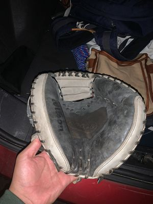 Wilson a 2000 for Sale in Los Angeles, CA