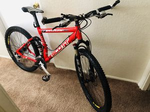 Scott Bike with disc brakes and Shimano Deore XT groupset for Sale in Tacoma, WA