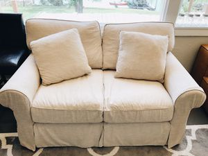 BASSETT DOWN LOVE SEAT - Oyster for Sale in Amarillo, TX