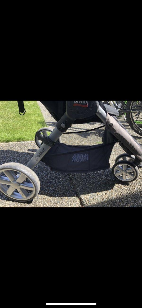 Britax B Agile Stroller and Car seat 40$