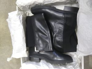 Women Black Boots: Size:7.5 for Sale in El Monte, CA