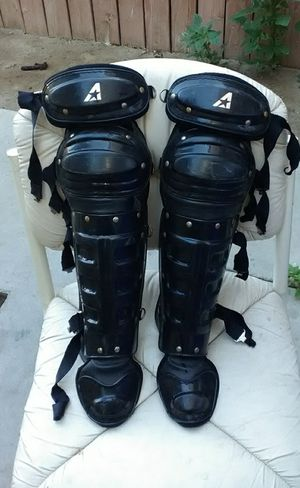 SHIN GUARDS $10 ADULT for Sale in Colton, CA