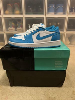 Nike mens shoes size 7,8 available for Sale in Vallejo, CA