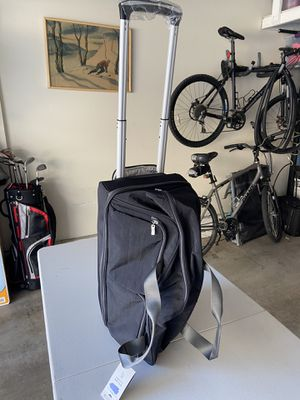 Rolling duffle bag for Sale in Los Alamitos, CA