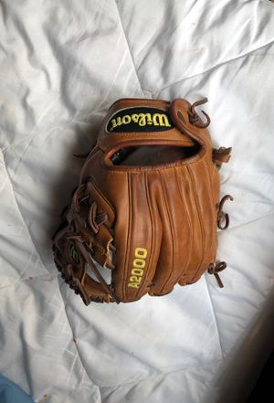 A2000 Wilson Glove,Baseball Glove for Sale in Phoenix, AZ