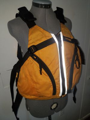 ADULT Water Vest L/XL for Sale in Fairfax, VA