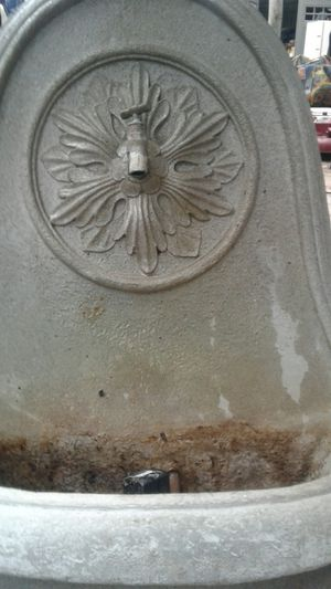 Wall fountain for Sale in NEW PRT RCHY, FL