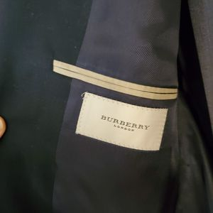 Burberry size 44 for Sale in Seattle, WA