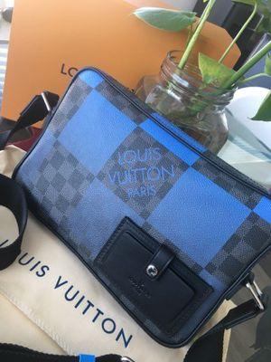 Louis Vuitton Alpha Messenger Bag for Sale in Phoenix, AZ
