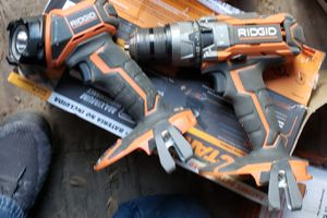 Ridgid 18v hammer drill and flashlight for Sale in Houston, TX