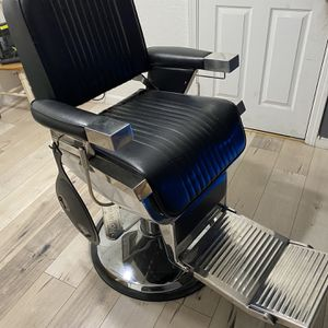 Branson Barber Chair for Sale in Stockton, CA