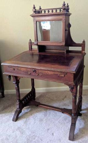 """Victorian Desk, Lighted Curio, Leather Inlay, & Burl – 30"""" wide for Sale in Richmond, CA"""