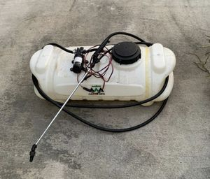 15 gallon sprayer with wand and hose + 8 foot wire + alligator clips for Sale in Miami, FL