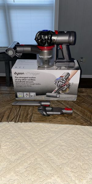 Dyson V7 Trigger Vacuum for Sale in Waukegan, IL