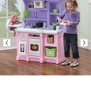 Black Friday Deal. Kids Kitchen Like New And Extra Kitchen Toys For Just 45$ for Sale in Webster, TX