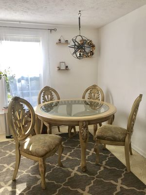 Dining Table and Chairs for Sale in Herndon, VA