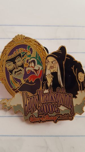 WDW Happy Thanksgiving 2004 Trading Pin for Sale in St. Louis, MO