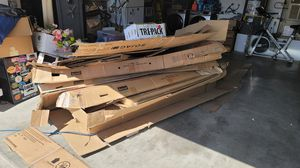 Free Cardboard for Sale in Willow Springs, CA