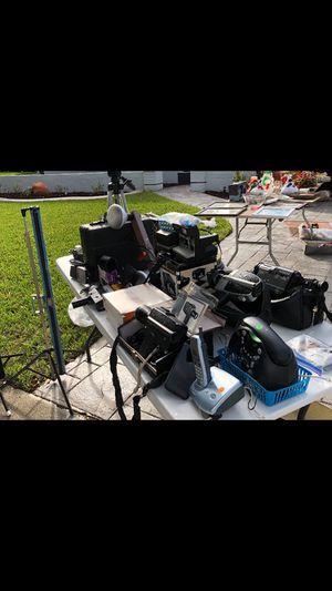 Camera and video equipment for Sale in Miami, FL