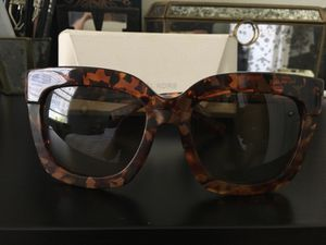 Michael Kors large tortoise sunglasses for Sale in San Diego, CA
