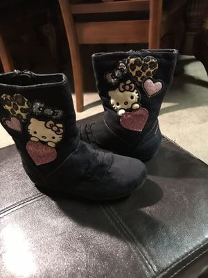 Boots for girl's brand Hello Kitty size 10 M for Sale in Forest Hill, TX