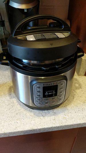 Instant Pot Duo Mini for Sale in Alexandria, VA