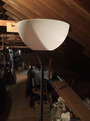 Black and white floor lamp for Sale in Chesapeake, VA