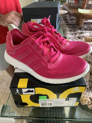 Adidas boost women's shoes size 6 for Sale in San Diego, CA