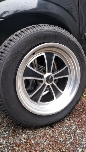 Set 215/65R17 almost new wheels/tires 5x114 for Sale in Vancouver, WA