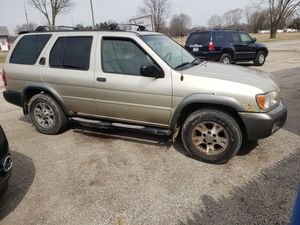 2001 Nissan Pathfinder 4x4 for Sale in Sunbury, OH