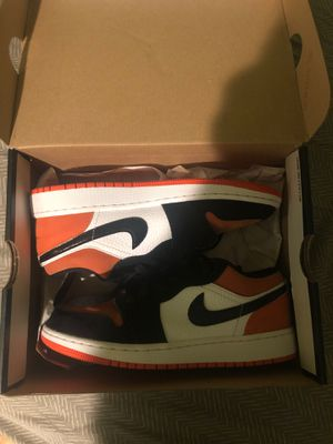 Air Jordan 1 Low Shattered Backboard (GS) Size 4.5Y for Sale in Silver Spring, MD