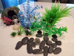 Aquarium Fish Tank Decorations for Sale in Montclair, CA