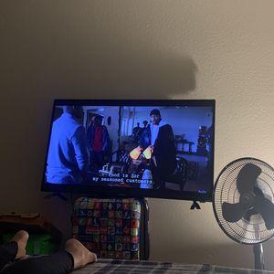 Element Roku Tv for Sale in Denver, CO