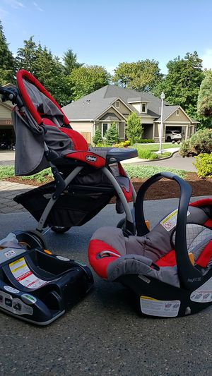 Chicco KeyFit 30 Stroller, Carseat and Base for Sale in Vancouver, WA