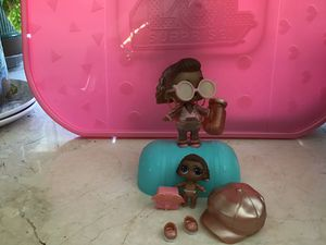 LOL doll Insta gold and her little sister for Sale in Las Vegas, NV