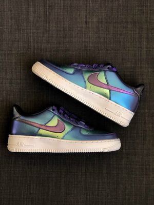 Nike Air Force 1 LV8 purple green metallic GS for Sale in Lawndale, CA