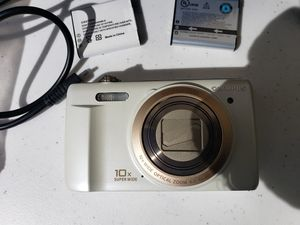 Olympus VR-340 16mp, 10x optical zoom, bundled with 3 batteries, case, and charger. for Sale in Port St. Lucie, FL