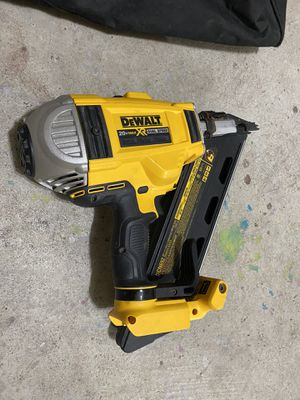 DEWALT 20-Volt MAX XR Lithium-Ion Cordless Brushless 2-Speed 30° Paper Collated Framing Nailer (Tool-Only) for Sale in Round Rock, TX