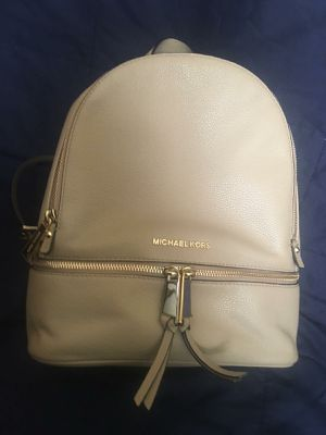 Authentic Michael Kors back pack for Sale in Clovis, CA