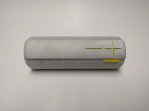 UE BOOM Wireless Bluetooth Speaker - White for Sale in Seattle, WA