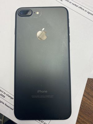 I Phone 7 Plus for Sale in Bloomington, CA