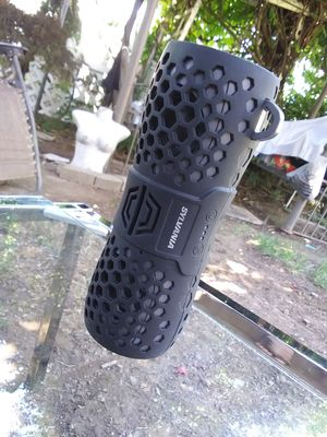 Sylvania portable bluetooth speaker for Sale in Oregon City, OR