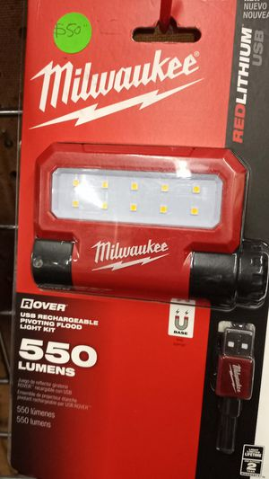MILWAUKEE RECHARGEABLE LIGHT for Sale in Fontana, CA
