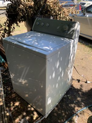 WHIRLPOOL WASHER GREAT CONDITION for Sale in Stockton, CA