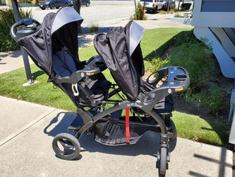 Double STROLLER GRACO sit N Stand for Sale in Marina,  CA