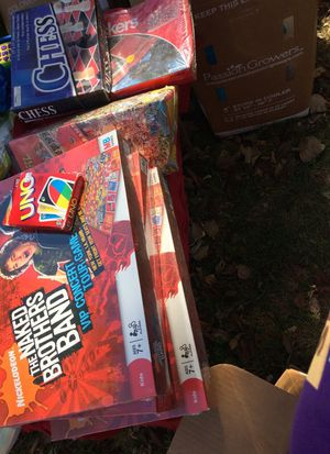 Games/Puzzle lot! Fall Cleaning Sale! for Sale in Flat Rock, MI