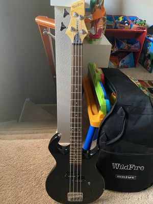 WILDFIRE BASS GUITAR for Sale in Puyallup, WA