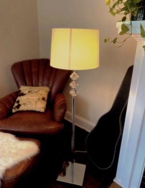 Chic floor lamp for Sale in Columbus, OH
