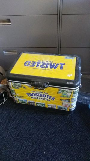 Twisted Tea Brewing Company cooler for Sale in Kuna, ID